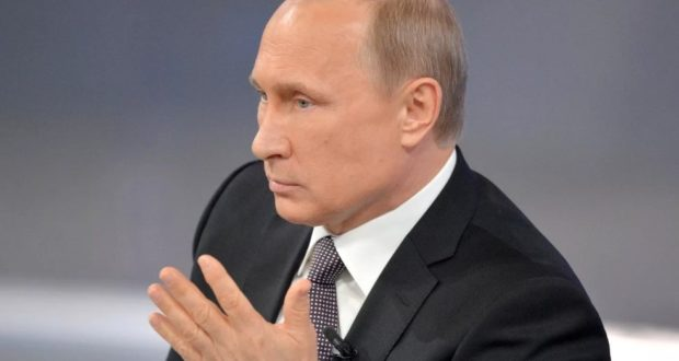 From the territory of the Kremlin took out three unknown bodies by helicopter, Putin died?