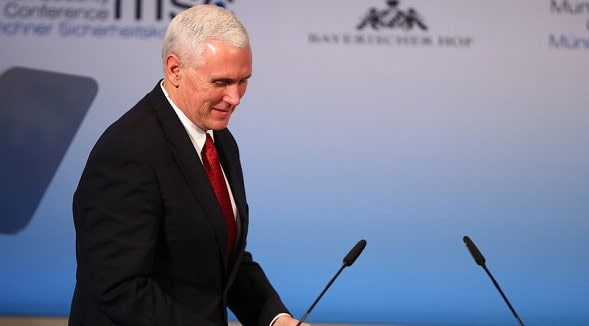 Pence discussed with Hunt a trade agreement between the US and Britain