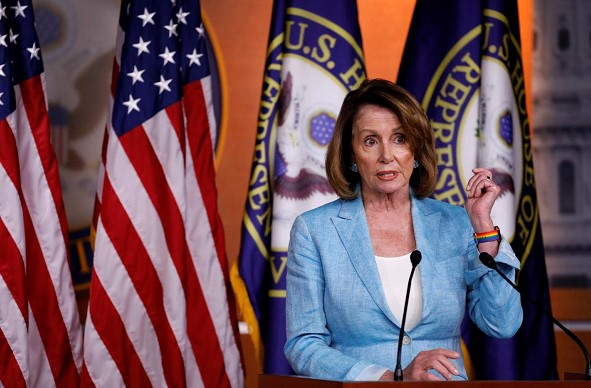 """""""No wall."""" Democrats approved the financing of the US government, despite the threat of the White House veto"""