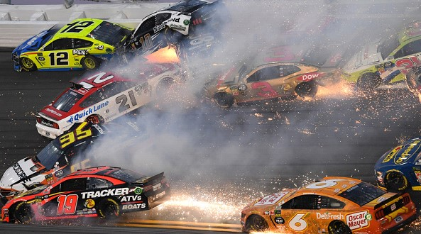 More than 20 cars staged a grand accident at the race in the United States