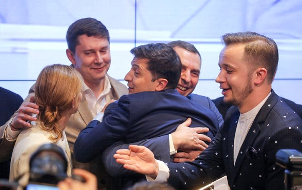 Who congratulated Zelensky on his victory in the presidential election?