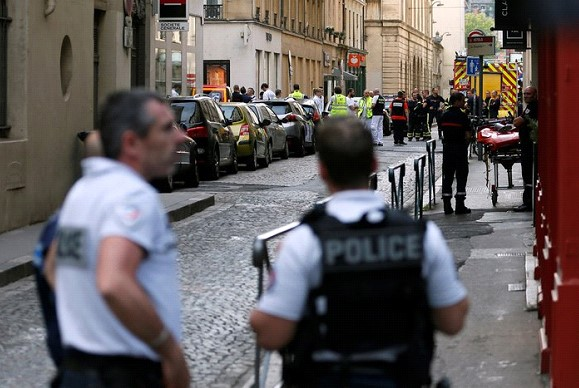 Published a photo of the suspect in the organization of the explosion in Lyon