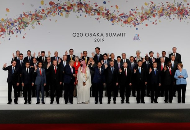 Putin and Trump together came to the ceremony of photographing the G20