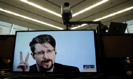 Snowden wanted asylum in France