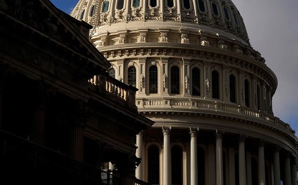 The US Congress approved military assistance to Ukraine