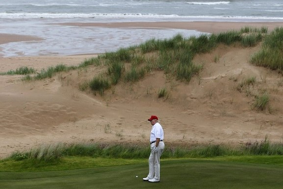 Trump has abandoned the idea of holding G7 summit at his Golf club