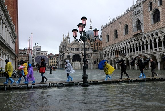 Venice drowned: Italy declared highest red danger level due to rains