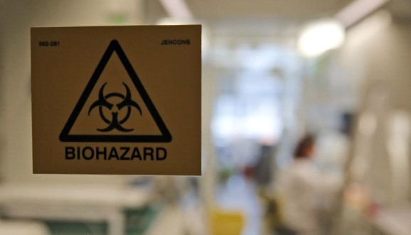 The government received additional powers to place people in quarantine.
