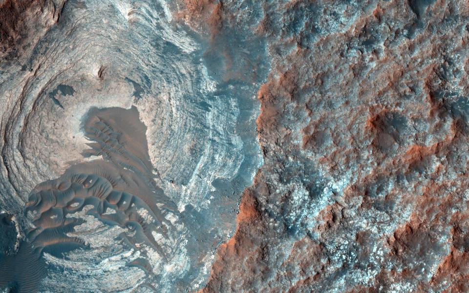 Scientists have obtained data on the seismic activity of Mars