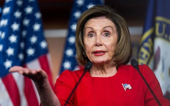 Pelosi called a permit to travel from the UK to the USA weird