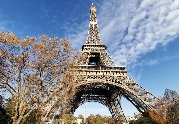 The Eiffel Tower will be closed to visitors due to coronavirus