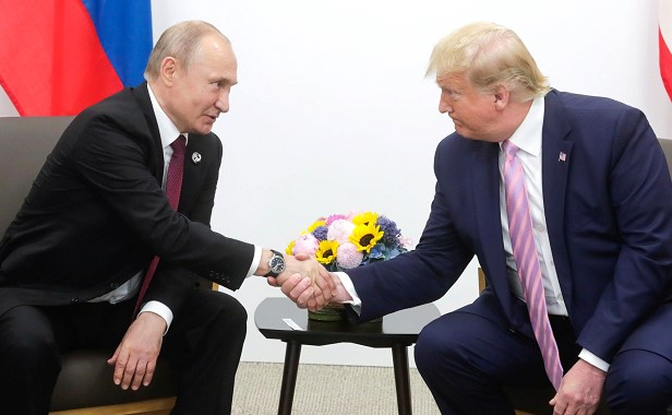 The expert commented on the conversation between Putin and Trump
