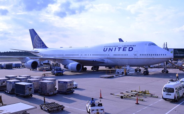 United Airlines will restore a number of international flights