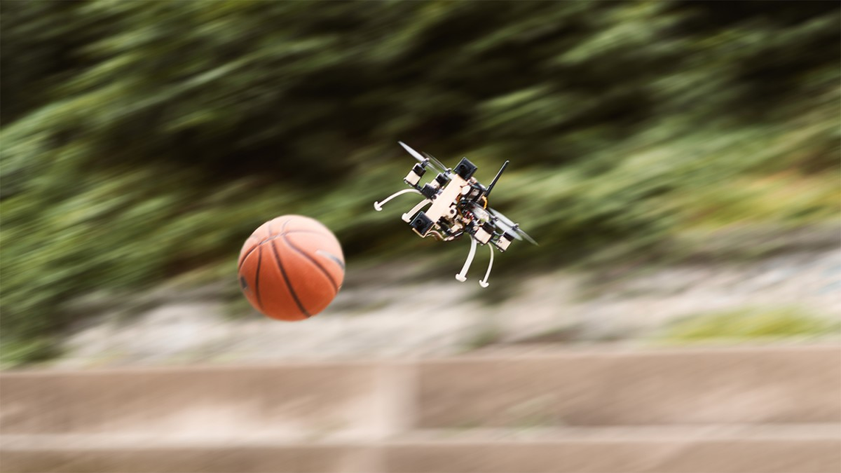 Engineers taught drones to play a bouncer