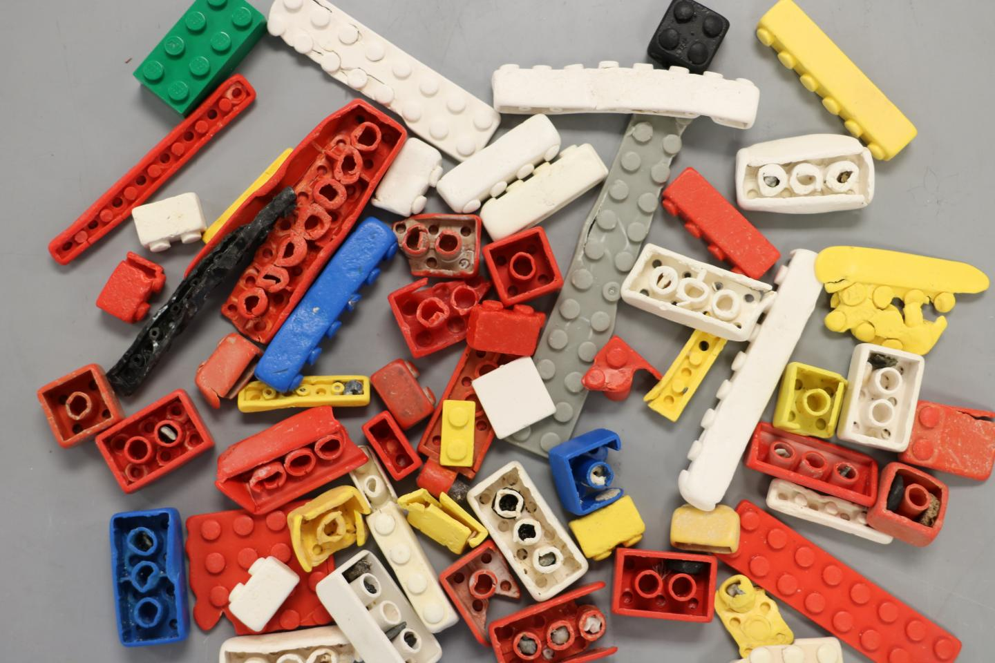 Details of the LEGO designer decompose in the ocean for about 1.3 thousand years