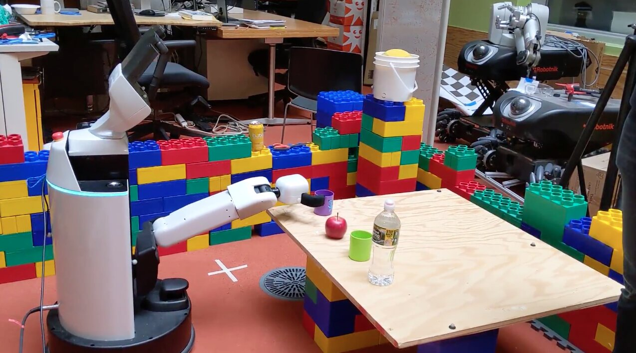 Researchers taught robots to understand spoken language