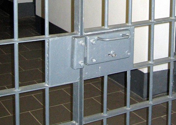 thousands of prisoners began to be released because of the coronavirus