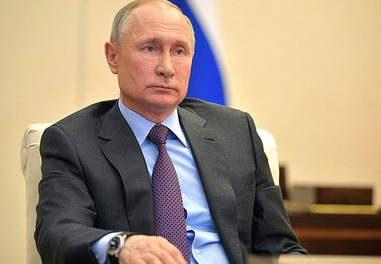 Putin urged to join the effort to cut oil production