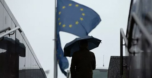 The EC predicted a 7.5% GDP drop in EURO zone