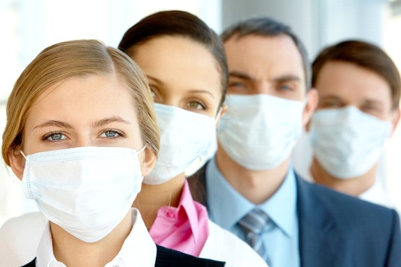 The US is considering recommending that all residents wear masks