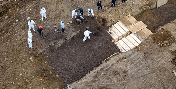 Victims of coronavirus in New York began to be buried on a separate island