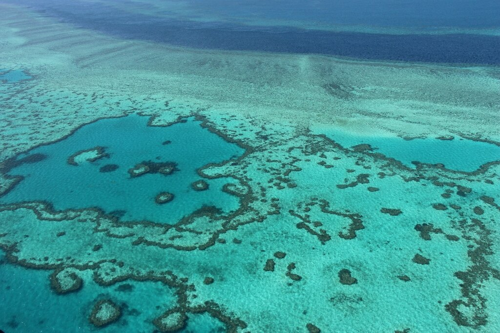 Scientists try to lighten clouds to protect the Great Barrier Reef