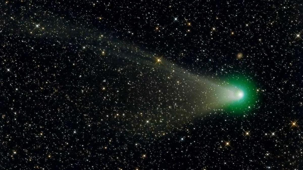 Astronomers spotted fragments of the collapsed comet ATLAS
