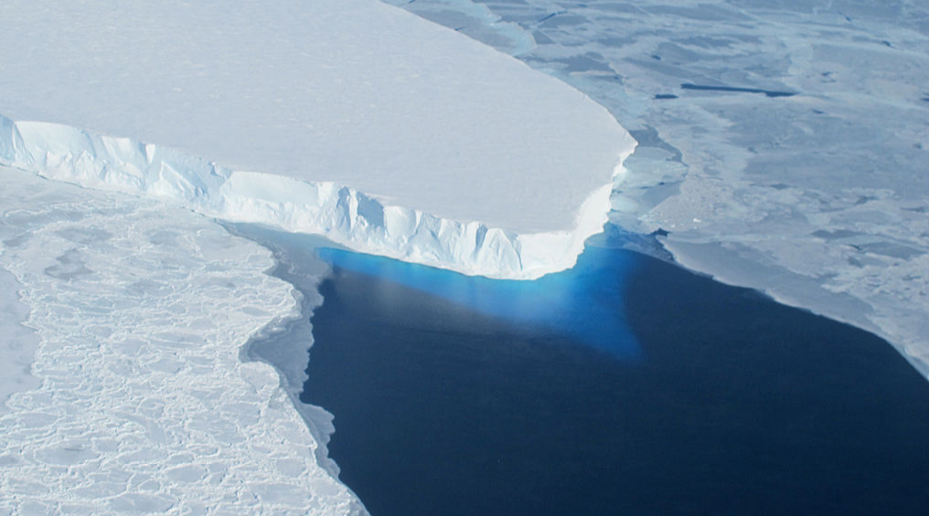 Warm water caused glaciers in Greenland to melt even in winter