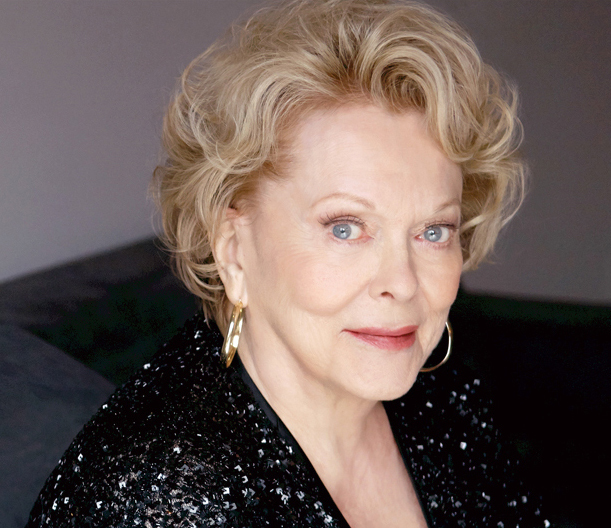Actress Shirley Douglas dies | FREE NEWS